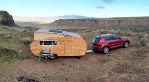 A környezetbarát napelemes lakókocsi