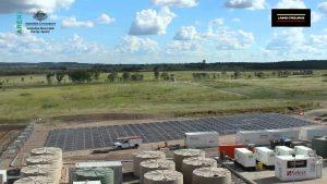 Így csomagolják ki a hordozható dízel-napelem hibrid erőművet